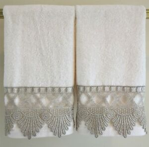 LACE-Fingertip-or-Guest-Towels-2-Ivory-Taupe-Velour-Cotton-NEW-by-UtaLace