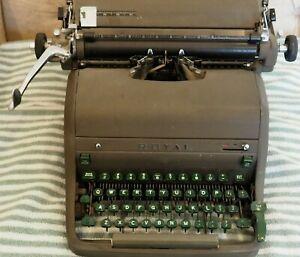 Vintage Royal Typewriter, Touch Control Brown, Magic Margin, Green Keys   Works