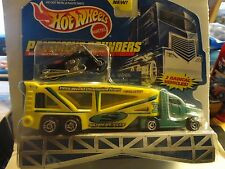 Hot Wheels Pavement Pounders Set w/Exclusive Super Cycle Black Scorchin Scooter