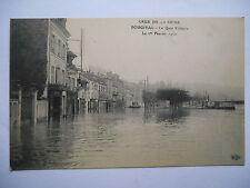 """CPA """"Bougival - Crue de la Seine - Le quai Voltaire - Le 1er février 1910"""""""