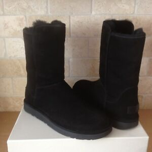 Details about UGG ABREE II SHORT NERO BLACK SUEDE SHEARLING ZIP BOOTS SIZE US 9 WOMENS