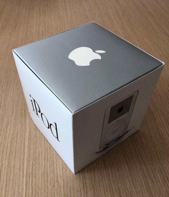 New Open Box Old Stock Apple iPod Classic 5gb1st Generation Very Rare Piece 2001