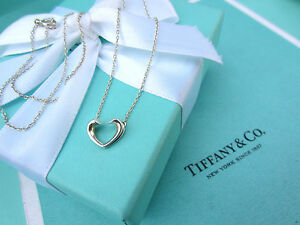 AUTHENTIC-Tiffany-amp-Co-Sterling-Silver-Mini-Tenderness-Heart-Necklace-16-034-451