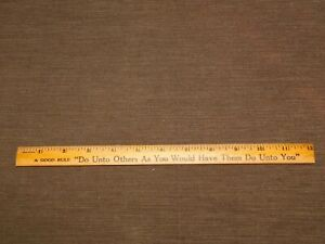 VINTAGE-AD-12-034-COMPLIMENTS-THE-COCA-COLA-BOTTLING-CO-WOOD-RULER-NEW-NOS