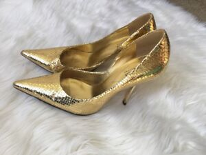 SoFT GoLD LeAtHeR Sz 8 Pointy Toe