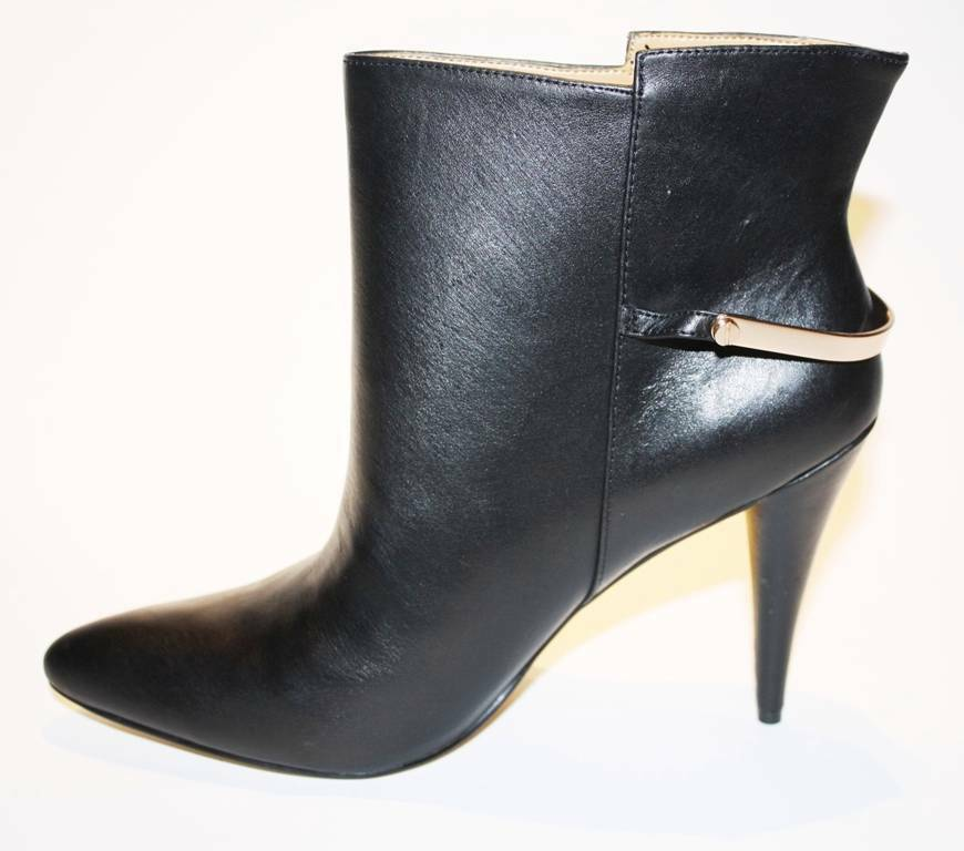 Women's Cynthia Rowley ESIDE Bootie Ankle Boots Heels Black Leather Pointy Toe