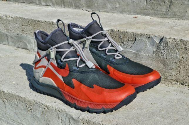New Nike Terra Sertig Boot Size 9.5 Anthracite Dragon Red 916830-003 MSRP   160