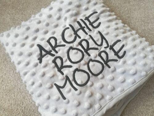 Luxe Gris Dimple Bubble Boy Girl Baby Blanket BRODÉ personnalisé nom
