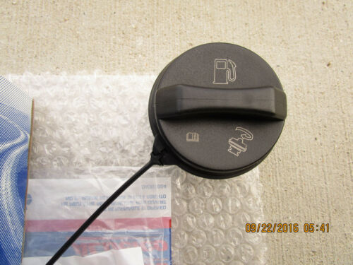 06-10 CHEVY HHR LS LT SS FUEL GAS TANK FILLER CAP WITH TETHER OEM NEW GT283