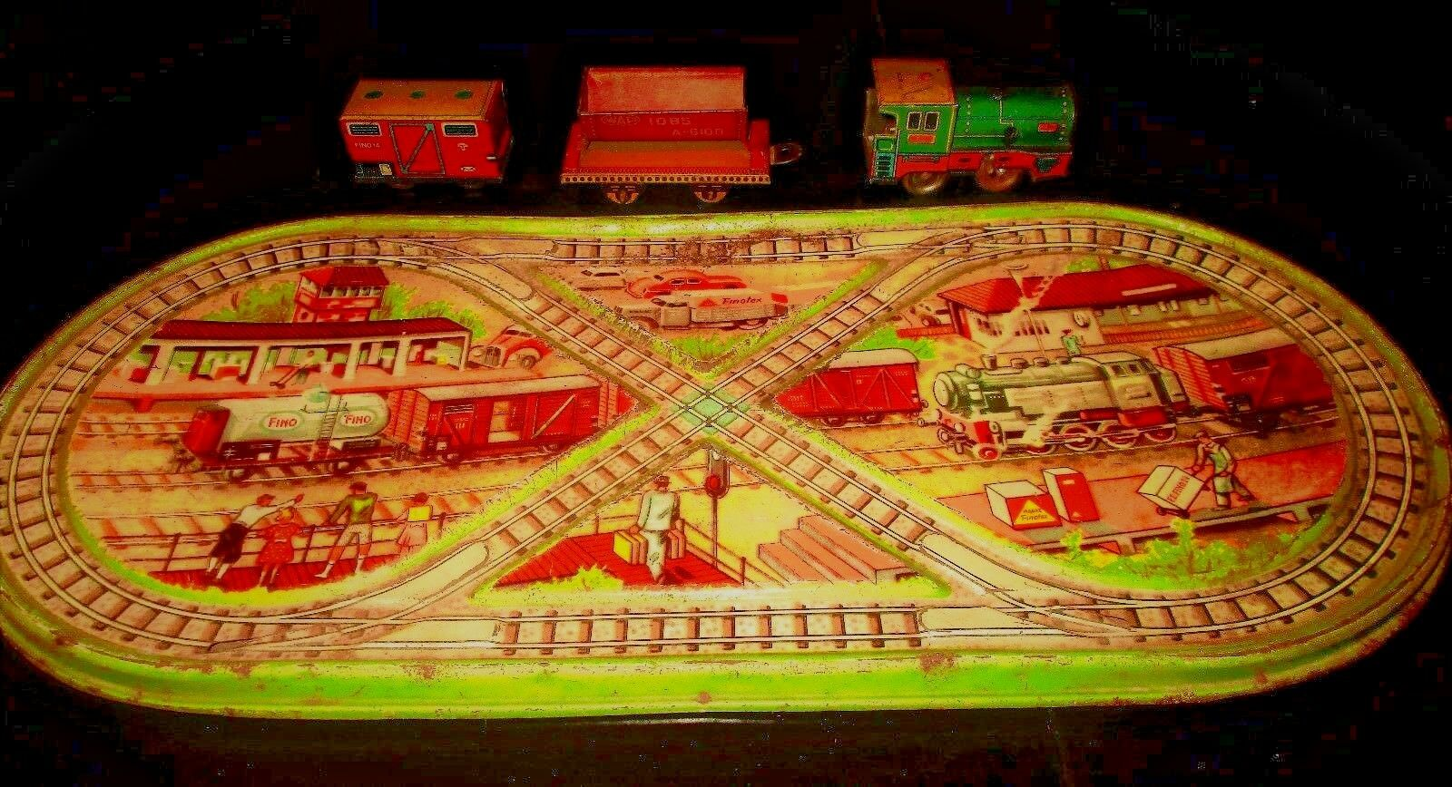 UNIQUE VINTAGE GREEK WIND UP TIN LITHO TRAIN PLATFORM BY FINO FROM 60s