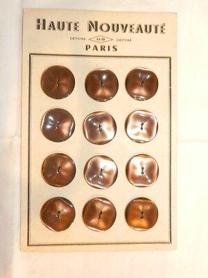 """061C// SUPERBE PLAQUE DE 12 BOUTONS ANCIENS /"""" PARIS ÉLÉGANT /"""" MARRON ÉP ART DÉCO"""