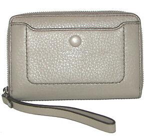 MARC-JACOBS-Mink-Leather-Zip-Around-Wristlet-Wallet-NWT