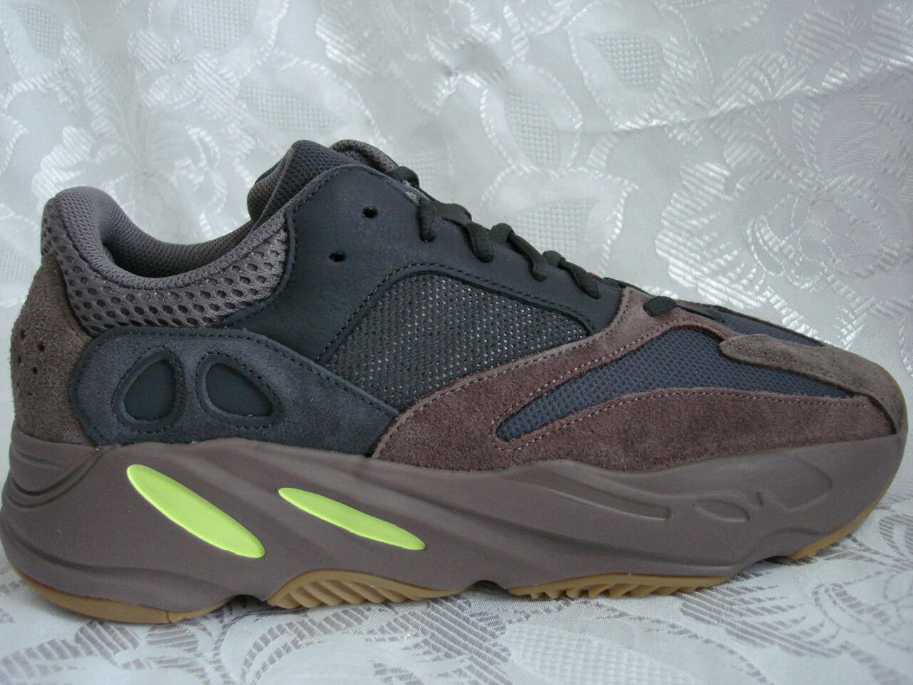 low priced cc3f3 caa25 ADIDAS YEEZY BOOST 700 MAUVE 11.5 EE9614 500 700 WAVE RUNNER ...