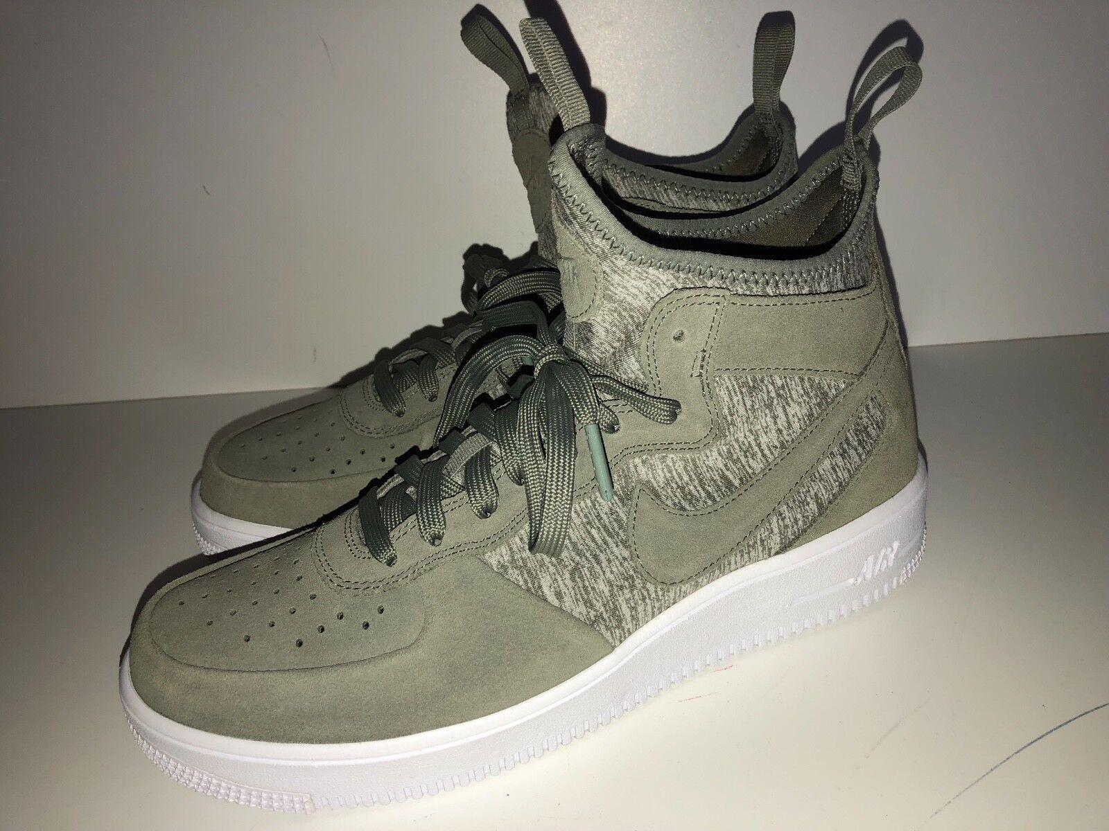 ❤️ NIKE ❤️  Sneaker Turnschuhe Schuhe wie Neu ❤️ Gr. 43,5