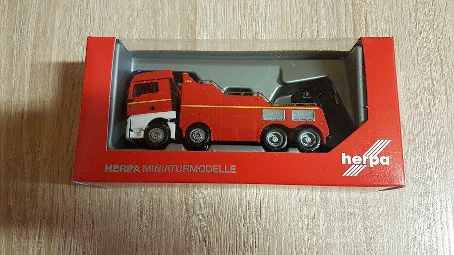 Herpa 309608 - 1 87 on TGX XLX Euro 6 C empl montagnes véhicule  POMPIERS  - NEUF