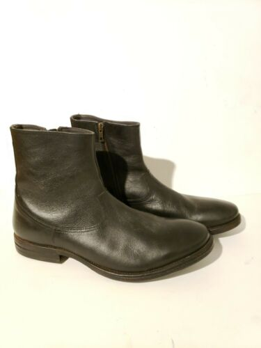 Clarks  Leather Chelsea side zipper  Boots Ankle B