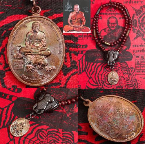 Wood Necklace Elephant head handmade Rare Thai Amulet Holy Rian Luang Phor Pern