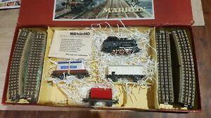 Marklin-echelle-ho-coffret-1-loco-3-wagons-et-rails