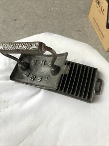 Antique-Cast-Iron-Crimper-Whitfield-The-Best-Crimping-Rocking-Material-old-tool