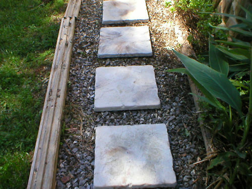 3+1 FREE 18x18 CEMENT CASTLE STEPPINGSTONE PAVER MOLDS