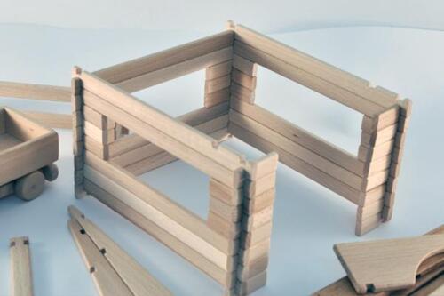 Garage zum Selbstbau Holz Spielzeug Massiv selber bauen Kinder Konstruktion Bau