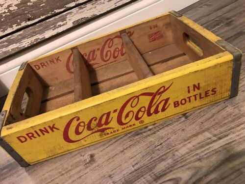 #224 Rare Vintage Great Shape 1966 Coke Coca Cola Wood Soda Pop Crate 3 Dividers