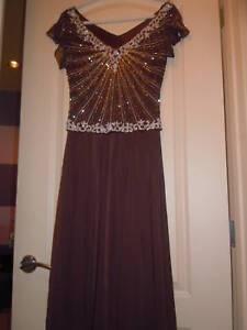 NWOT-J-Kara-Mock-Two-Piece-Beaded-Chiffon-Dress-SZ-6-Chocolate