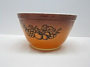Vintage Pyrex #401 Brown Nesting Mixing Bowl Old Orchard Fruit 1 1/2 Pint
