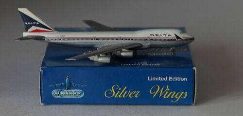 Silber Flügel 2901//21 Boeing 747-132 Delta Luft Lines N9898 in 1:600 Schabak