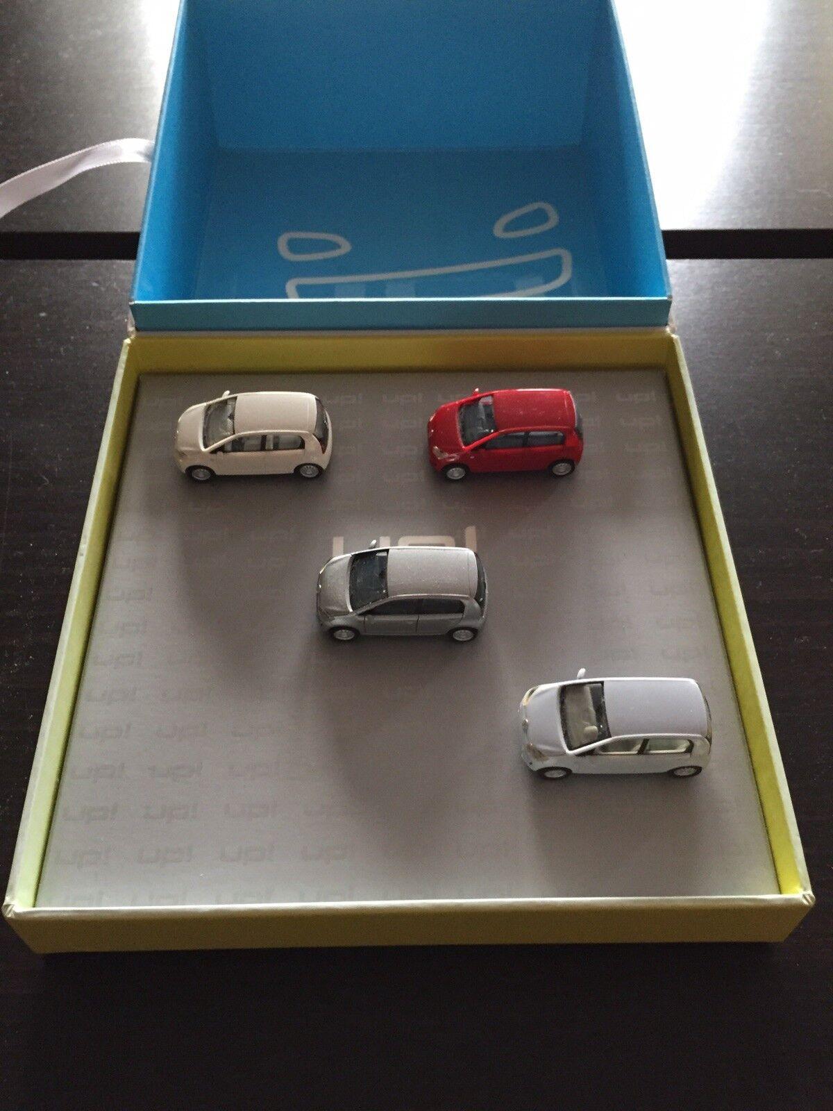 RARE VW UP In alto 4.4 PORTA QUARTA auto SET 2012 1 87 HERPA (DEALER modello)