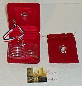 Waterford-Crystal-Ornament-American-Flag-3-25-034