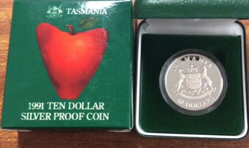 1982 RAM $10 Silver Proof commonwealth games