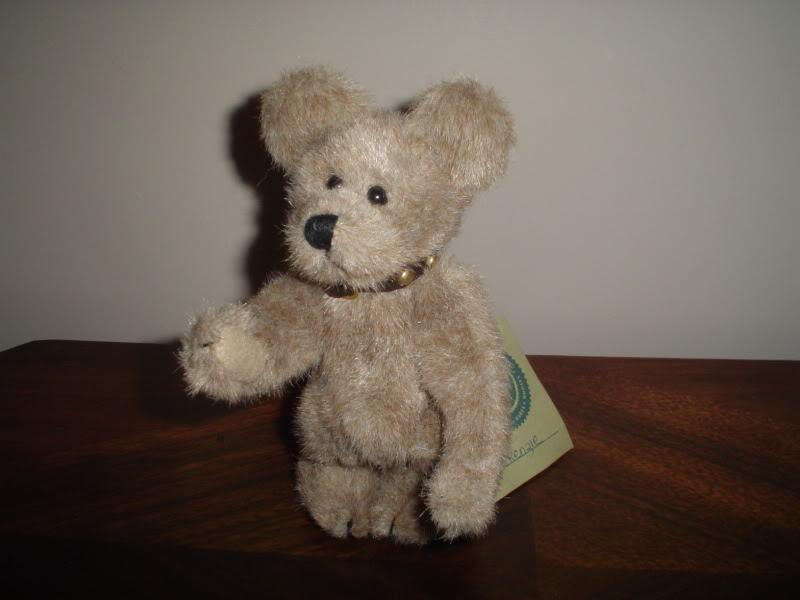 Boyds Bear 1985-96 JBBean Jointed Handmade w. Collar