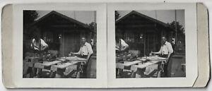 Amateur-Stereophoto-Schreiner-bei-der-Arbeit-um-1945