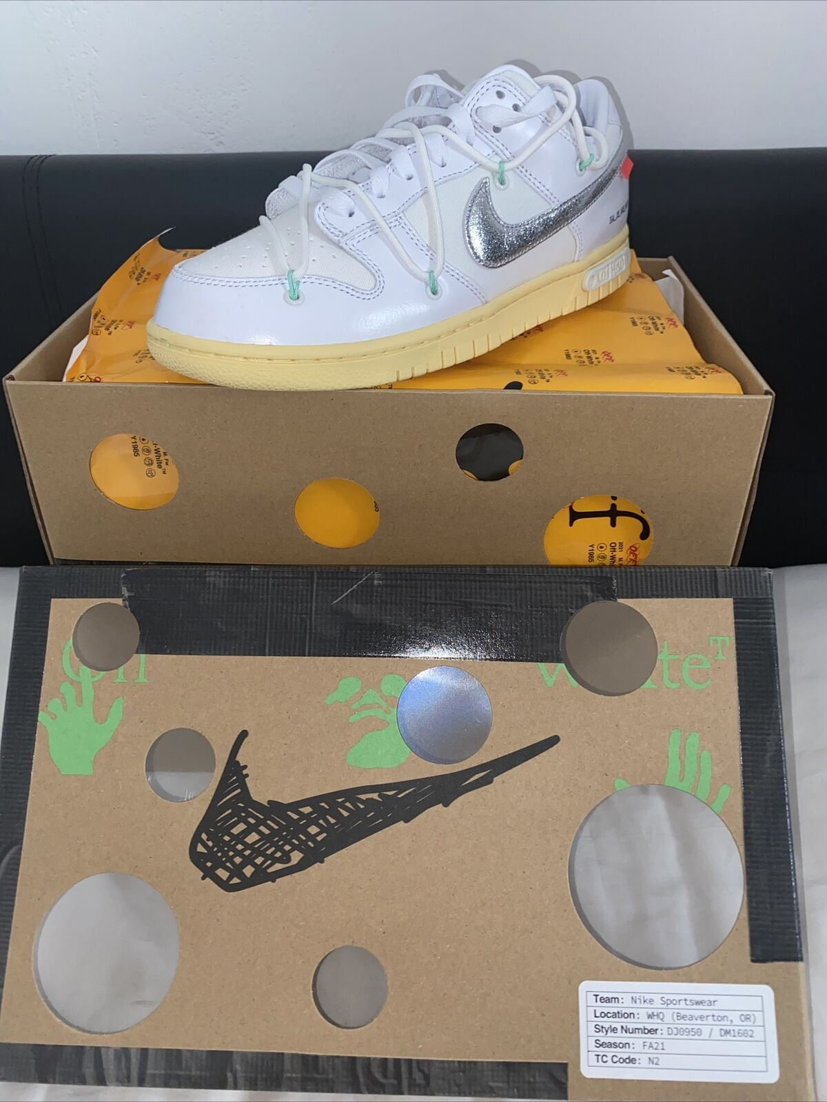 Nike X Off White Dunk Low - Lot 1 Of 50 White/Silver/Butter - UK 7.5 / US 8.5