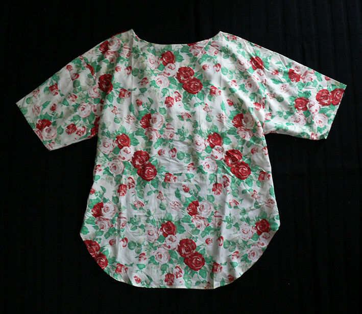 SUTSESO rot Rosa Pattern 100% Silk Top Größe 38
