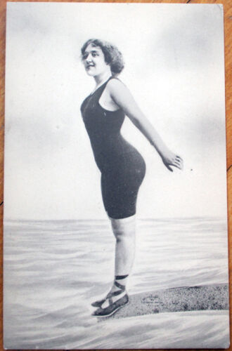1910 Bathing BeautyPinupRisque Poscard Woman About to DiveDiving