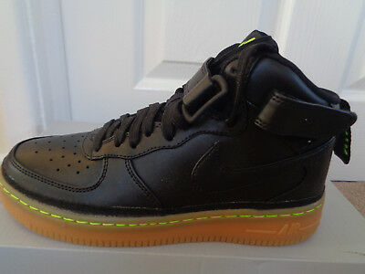 nike air force 1 mid 37.5