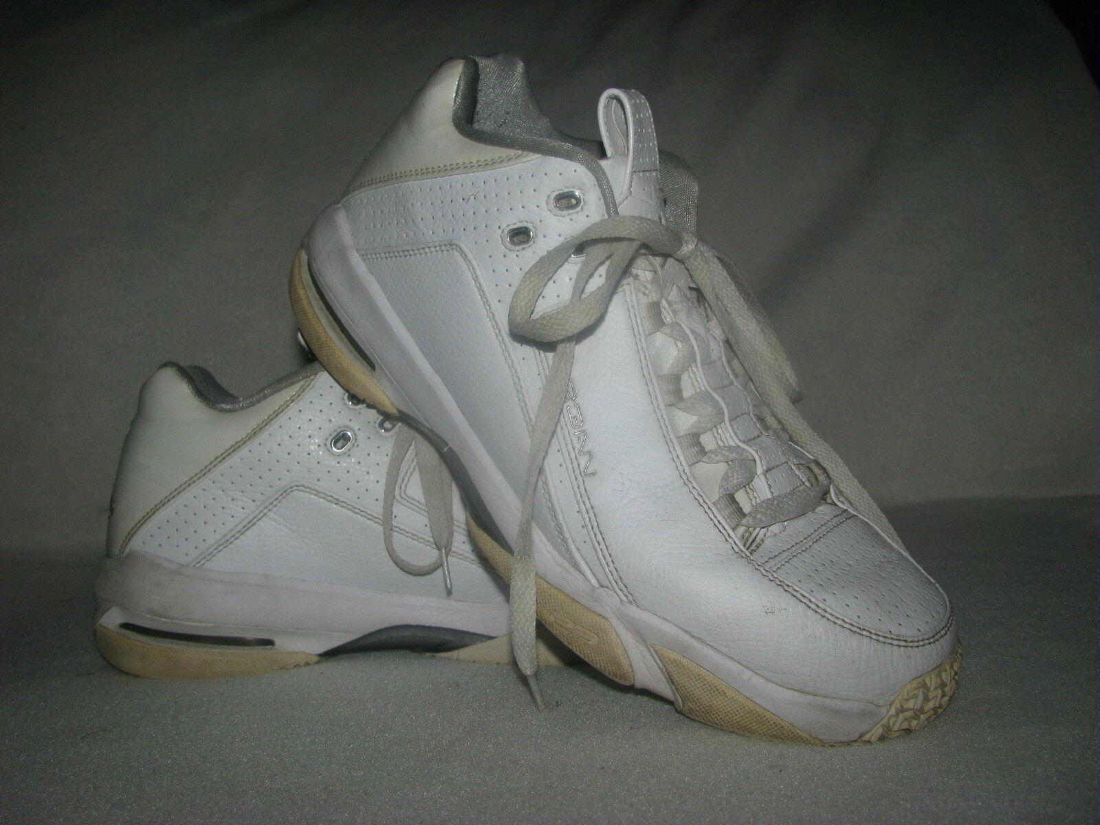 Nike jordan 23 grattacielo uomini sz 10,5 di pelle bianca, scarpe da ginnastica 330378-101 basso | The Queen Of Quality  | Scolaro/Ragazze Scarpa