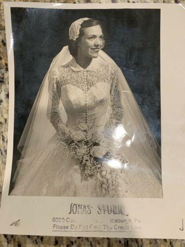 Vintage 1950s Wedding Dress Bride W/ Slip, Veil, &