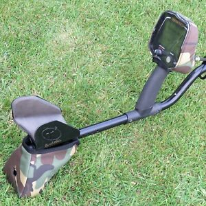 AUTUMN CAMO NEOPRENE COVERS//PAIR TO FIT A TEKNETICS T2//FISHER F75 METAL DETECTOR