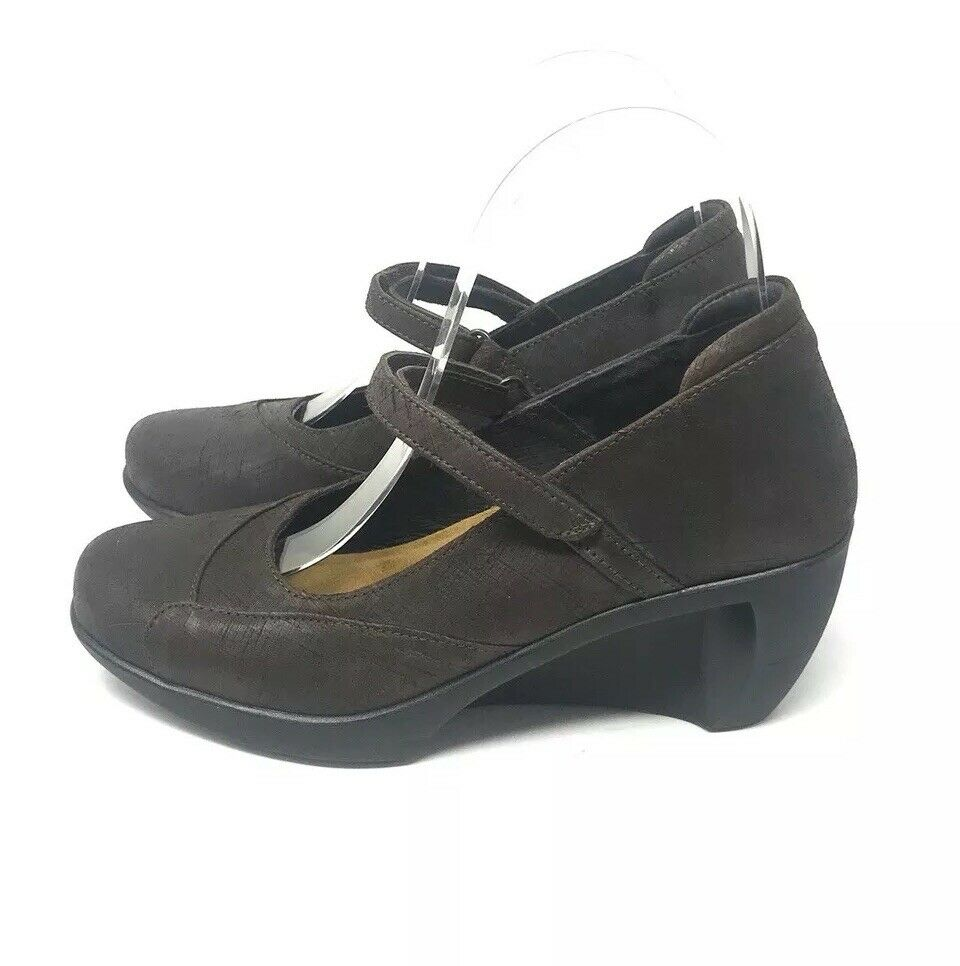 Naot Deep Brown Wedge Mary Janes Size 5-5.5 36