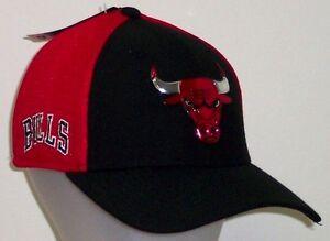 Chicago Bulls New Era 2017 NBA On Court 39Thirty Flex Hat   Cap Size ... edec1b45d98