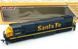 Life-Like-HO-Scale-Powered-Diesel-8-Wheel-Drive-Santa-Fe-Loco-6682-SERVICED
