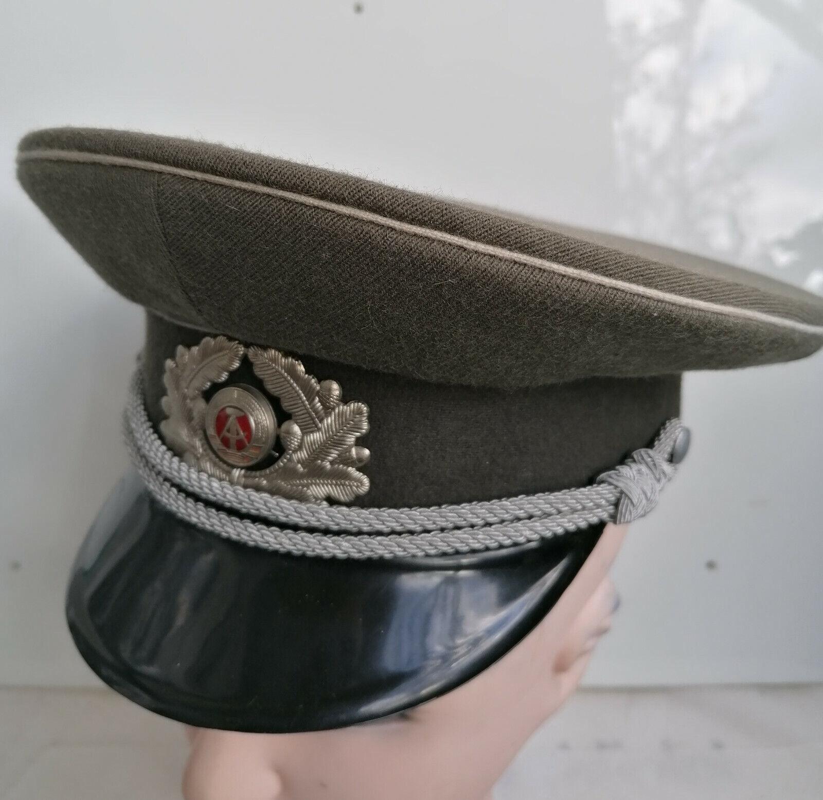 Bild 1 - SAMMLUNGSAUFLÖSUNG-NVA Schirmmütze-Offizier- aus 1968 -Grösse 57