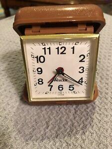 Vintage-WESTCLOX-Wind-Up-Travel-Alarm-Clock-Brown-Plastic-Case-Works