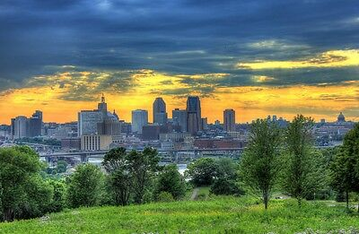 ST PAUL SKYLINE CITYSCAPE POSTER PRINT STYLE B 24x36 HI RES 9 MIL PAPER