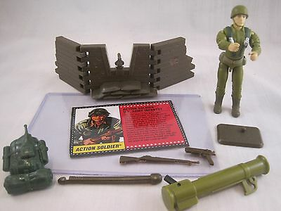 Gi Joe & Cobra Vintage 1994 Action Soldier Complete w/ Accessories & FileCard