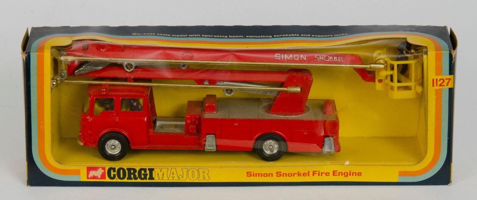 CORGI 1127 SIMON SNORKEL FIRE ENGINE. grand modèle en boîte de fenêtre. original années 1970