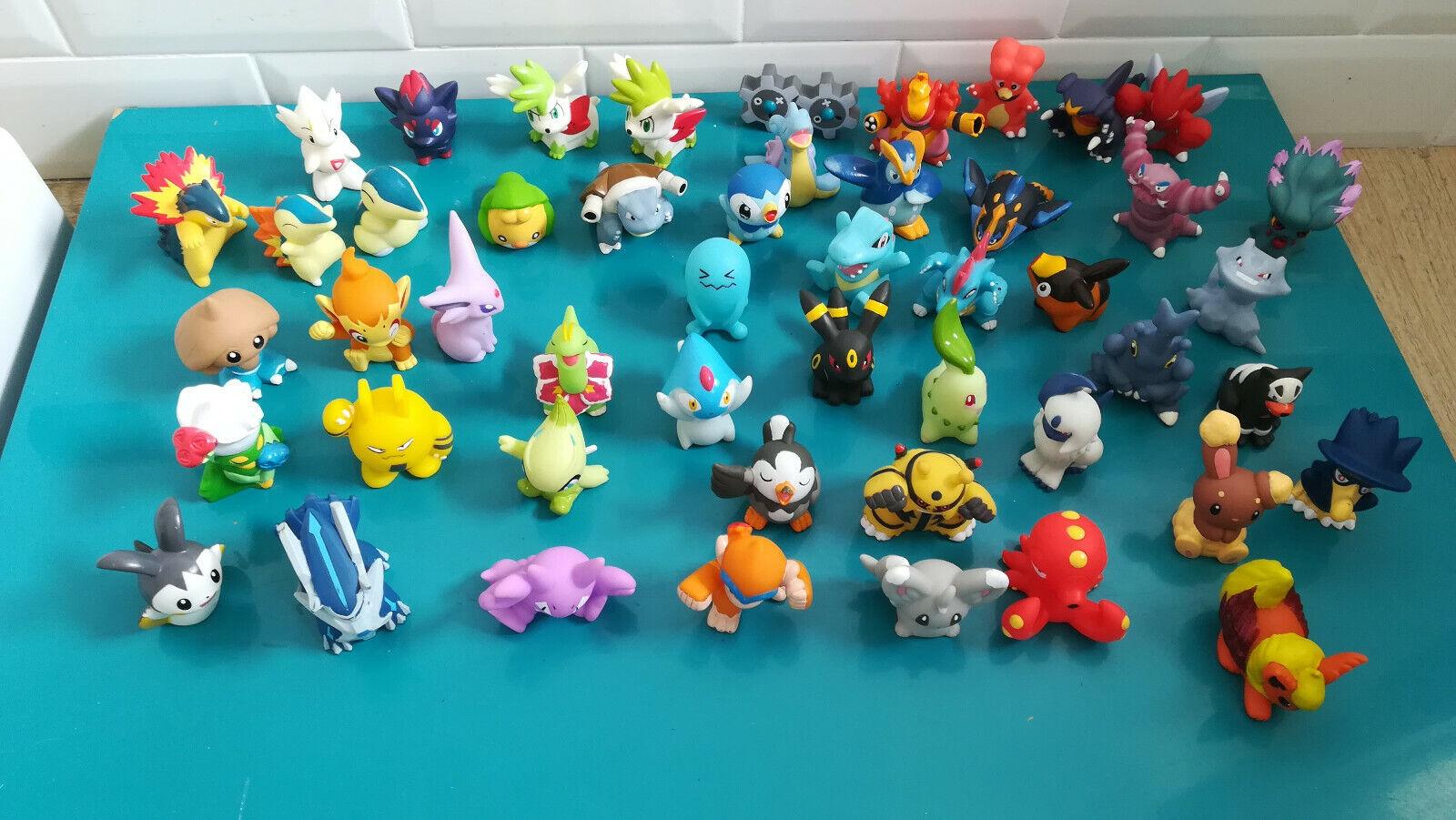 19.5.5.3 Lot 49  Figurines différentes Pokémon BeAI 2 à 5cm  presa